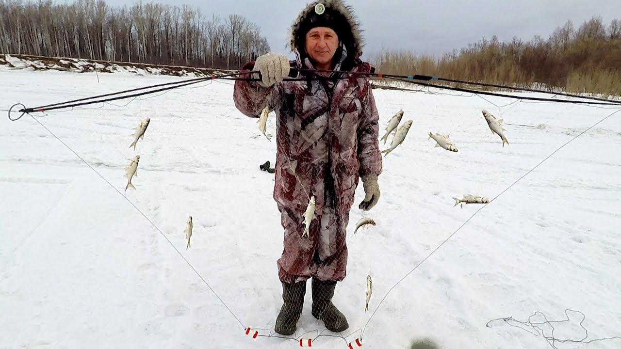 Как ставить экран для ловли рыбы зимой
