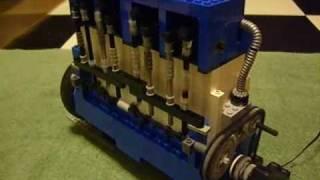 Large LEGO In-Line 4 cylinder diesel engine Version 1