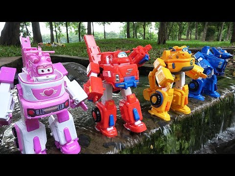 Go Go Super Wings Robot Suit Rescue Truck Transport Animals