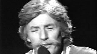 Jean Ferrat in concerto. Con Bernard Pivot. 1985.