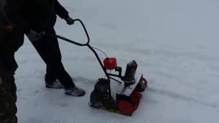 Самодельный снегоуборщик из пилы дружба работа!