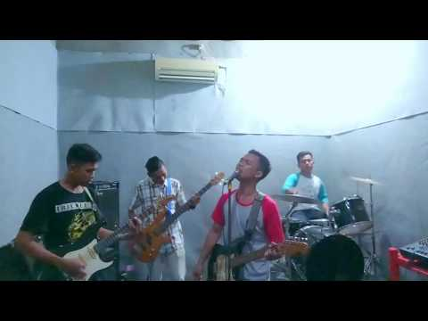 Astor kids-Salam Rindu/Rindu terpendam ( cover band )