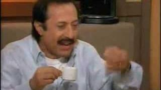 Casados con Hijos- Moni Pepe Argento ( Francella) La rana