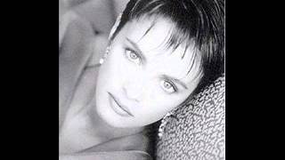 Watch Sheena Easton Wanna Give My Love video