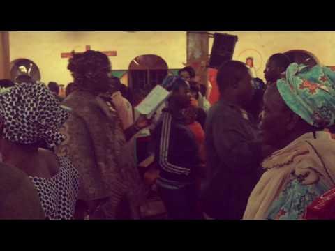 쿨레칸 | Burkina Faso Travel | 메리크리스마스에도 춤추는 교회!! Merry Christmas in Bobodioulasso
