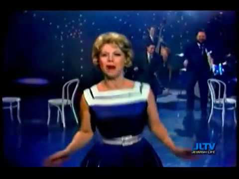 The Dinah Shore Chevy Show • December 11, 1960 • In Color