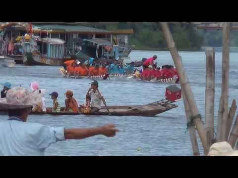 Giải đua thuyền truyền thống tỉnh Thừa Thiên Huế năm 2013 (Phần 3)