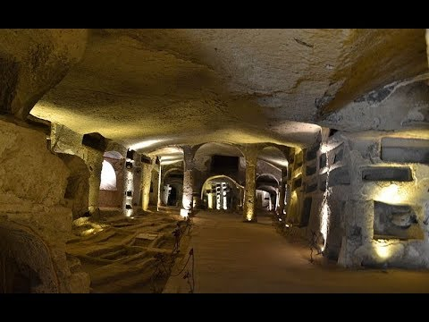Places to see in ( Naples - Italy ) Catacombe di San Gennaro