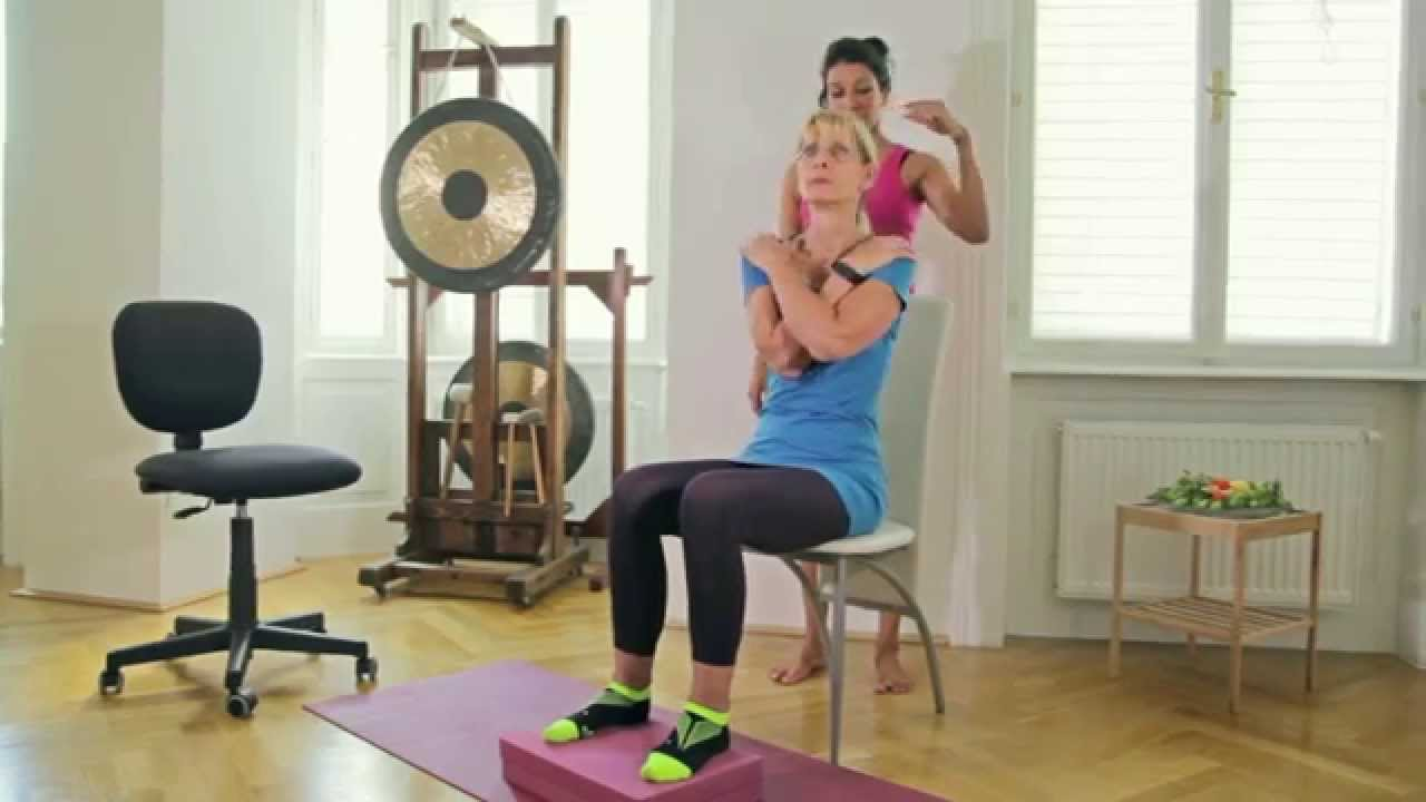 bungen im sitzen yoga f r zuhause youtube. Black Bedroom Furniture Sets. Home Design Ideas
