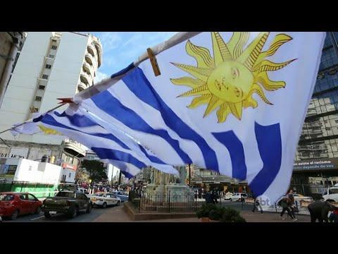 Sem o astro Cavani, Uruguai se despede do Mundial da Rússia | SBT Brasil (06/07/18)