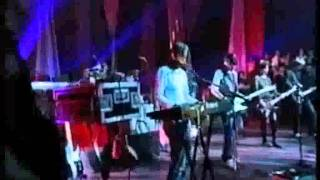 Elastica - Human (with lyrics)