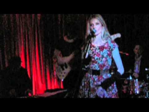 JENIQUA (Live) OPERA BAR Sydney (25th May 2011)