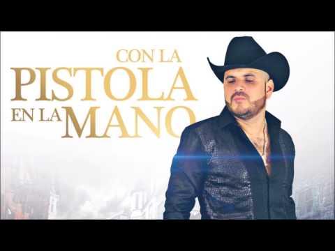 El Komander   El Cayene, El Gallero, Con La Pistola En La Mano