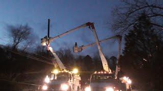 [26] Georgia Power Replacing a Power Pole after Lightning Strike, Athens GA, 02/24/2016 ©mbmars01