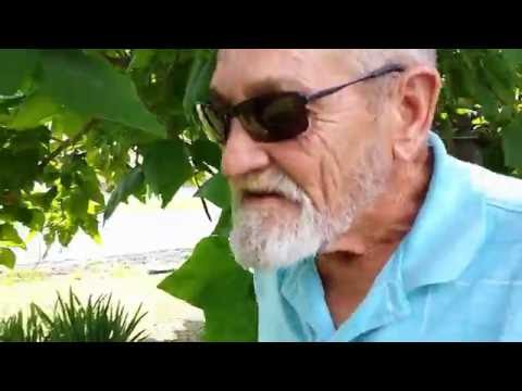 Colorblind 72 Year Old Outdoorsman Seeing Color for the First Time