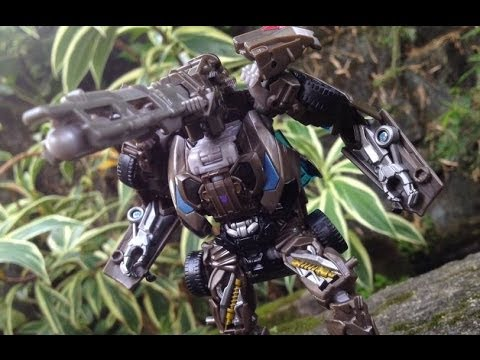 Transformers 4 Age of Extinction Deluxe LOCKDOWN Review ...
