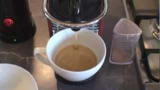 Nespresso Magimix Pixie M60 Carmine - Cappuccino Demo