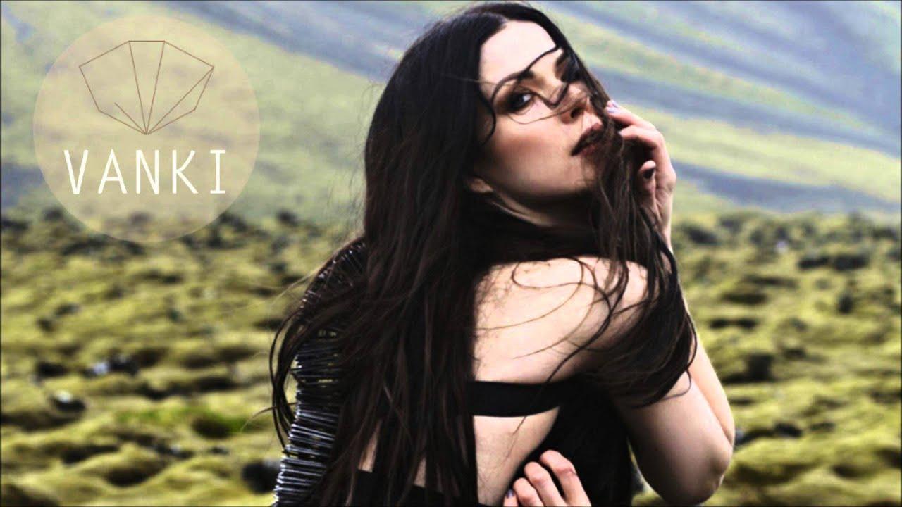 Jenni Vartiainen - Vanki (HD) Chords - Chordify