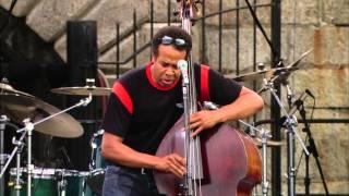 Stanley Clarke - Full Concert - 08 / 10 / 03 - Newport Jazz Festival (OFFICIAL)