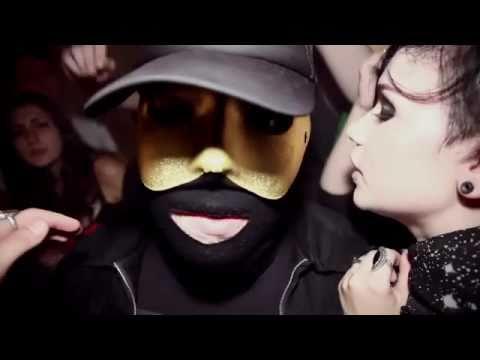 DEINE JUGEND - Mama geht jetzt steil (OFFICIAL MUSIC VIDEO)