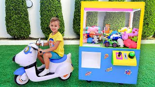 Download Vlad and Niki Claw machine with toys kids story