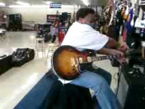Alton Hollis testing his ES-137 Gibson