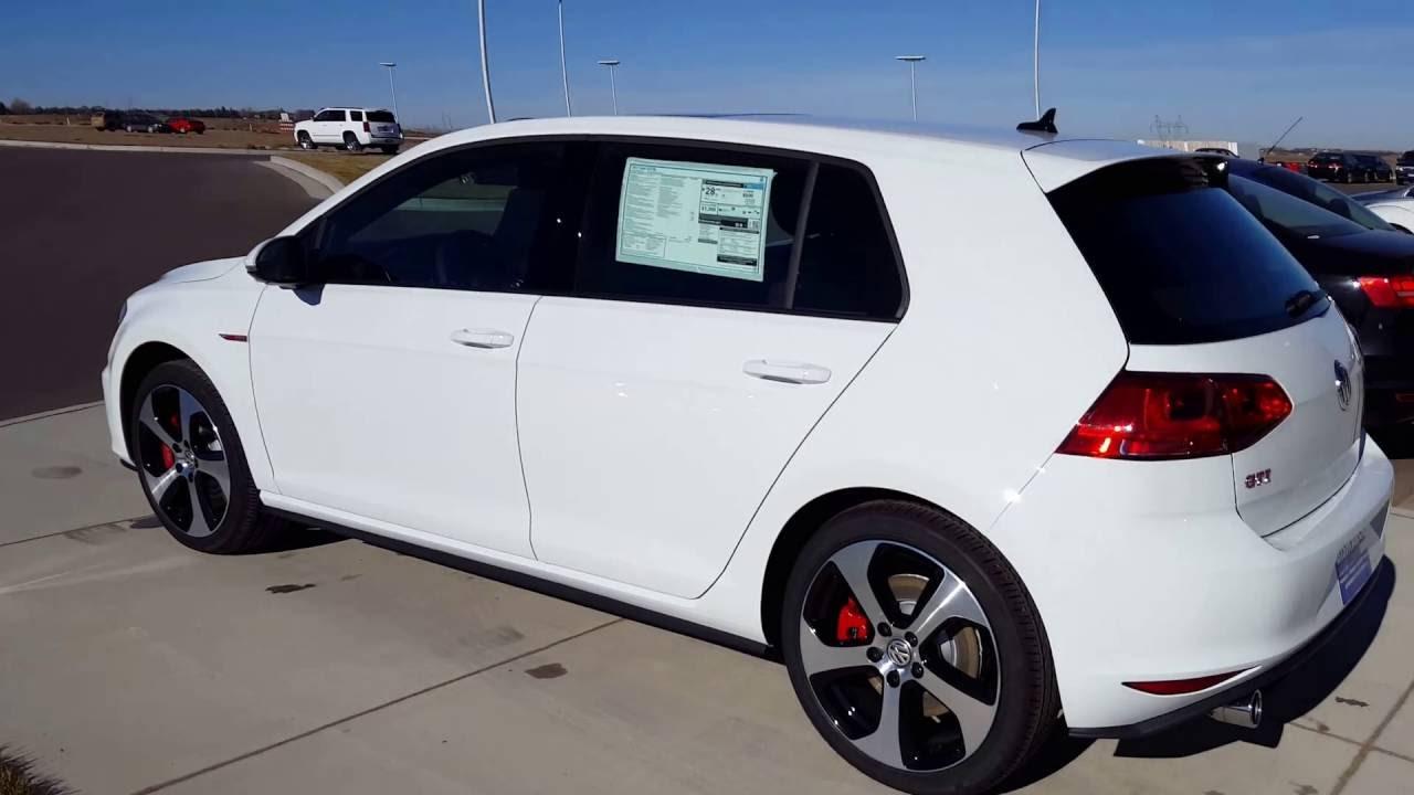 2017 vw golf gti with manual transmission youtube rh youtube com Volkswagen Golf GTI MK2 Volkswagen Golf GTI MK2