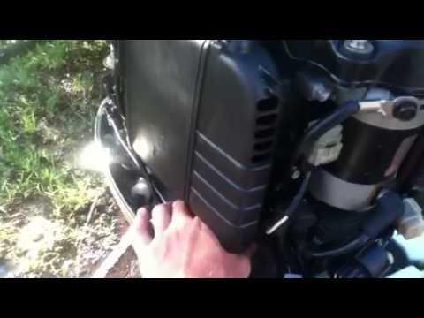 Honda 40hp 4 stroke outboard motor - YouTube