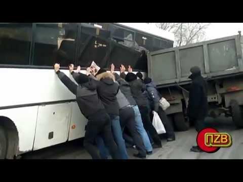 Нарезка прикольных автоприколов, аварий, ДТП, сьемок с видеорегистраторов!)