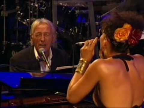 Oliver Dragojevic i Maya Azucena - Crying time -  Pula:Arena 2007