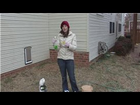 how do you remove stains from vinyl siding