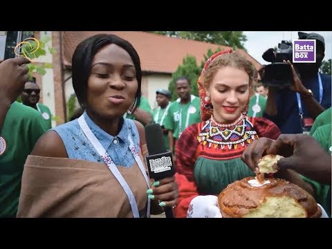 Nigerians try Russian