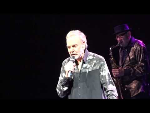 You don't bring me flowers - NEIL DIAMOND (50th Anniversary Tour. Sunrise, FL  4/26/17)