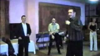 Свадьба прикол - чел танцует