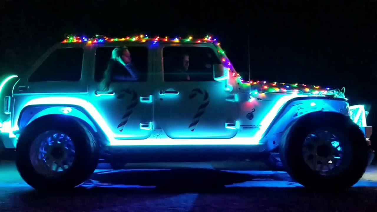 Christmas Jeep.Jeep Christmas Parade