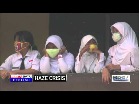 Haze Crisis: Students in Palembang Return to School