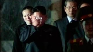 Kim Jong-un sheds tears at wake for dead father