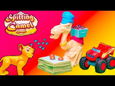 SPITTING CAMEL Game Lion Guard and Scooby Doo Play Spitting Camel Game Toys Video Unboxing