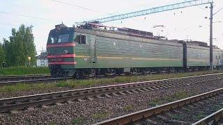 Электровоз ВЛ15 027 с грузовым поездом