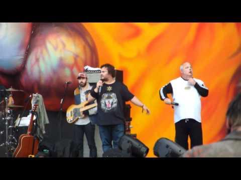 Tenacious D - Beelzeboss Live at Download Festival June 9th 2012