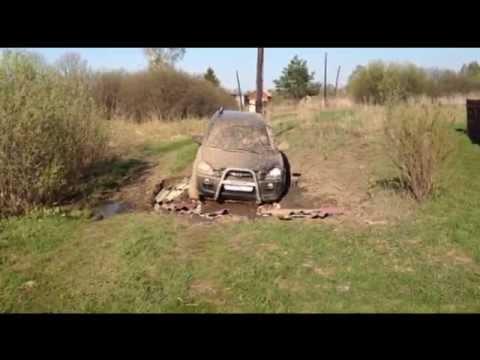 Hyundai Tucson 4x4 грязь.