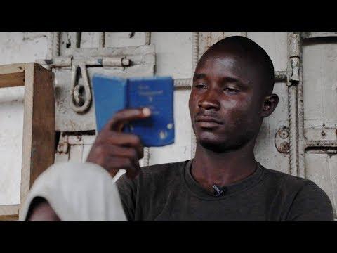 Homeless in Lagos: Why I sleep under a bridge - BBC Africa