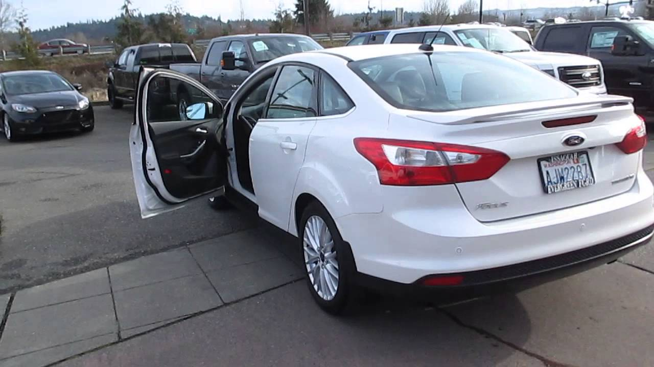 2013 Ford Focus White Platinum Metallic Stock 14 1652b