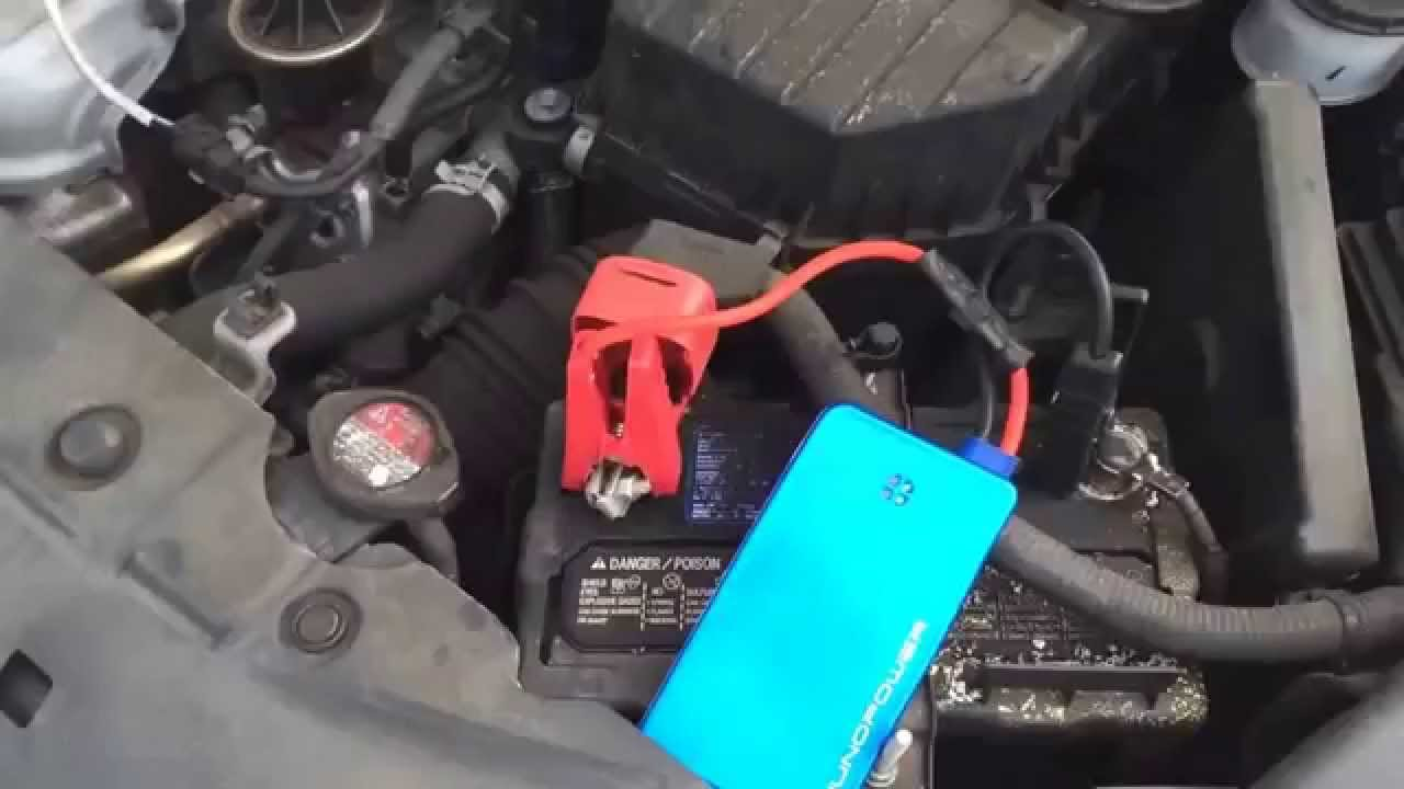 dead car battery and juno power jumper starts it youtube