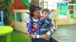 Эвелина Блёданс и её сыночек Сёмочка в контактном зоопарке Зверюшки как игрушки