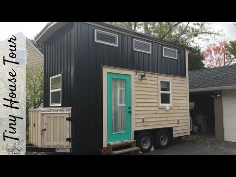 Minimalist Living in a Tiny House