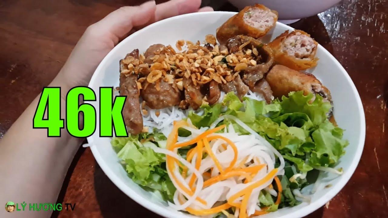 Bún thịt nướng vị Saigon mở từ 2013 ngon quá đêm #mưa SaiGon