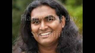 Sri Swami Vishwananda - Narayana Hari Om - singing the name of God