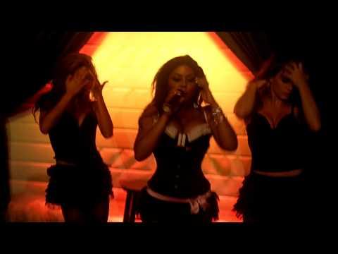 Lil' Kim - Lady Marmalade Live 7/13/10