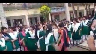 এক কালে তোর লাগি স্কুল পলাইতাম অপরাধ নাচ না দেখলে চরম মিস nic dance